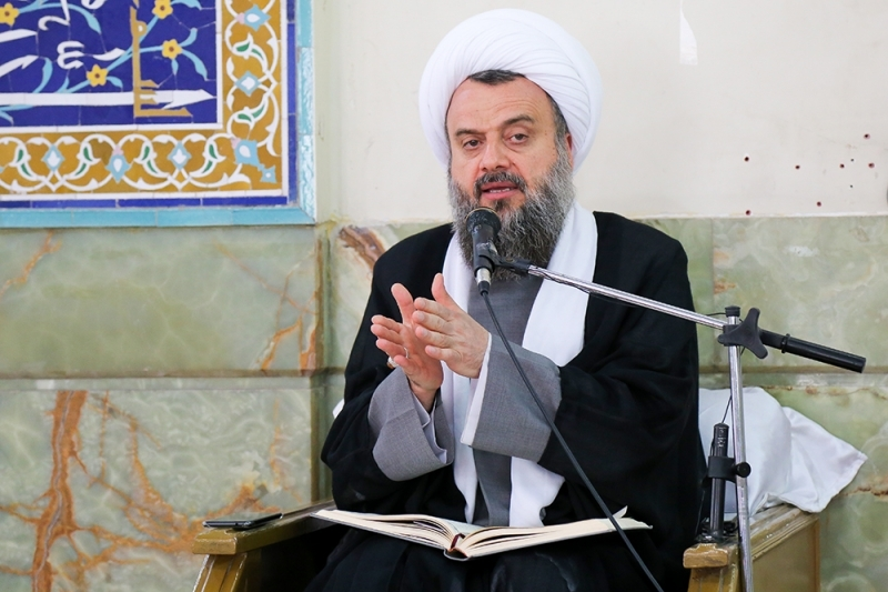 The Jafari school, or pure Islam, is the path of moderation in thinking about knowing religion.